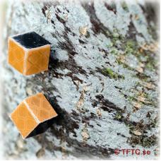 Fire Tacks, cube